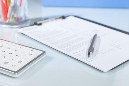 Документ на столе